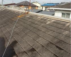 ダメージを受けた屋根のイメージ
